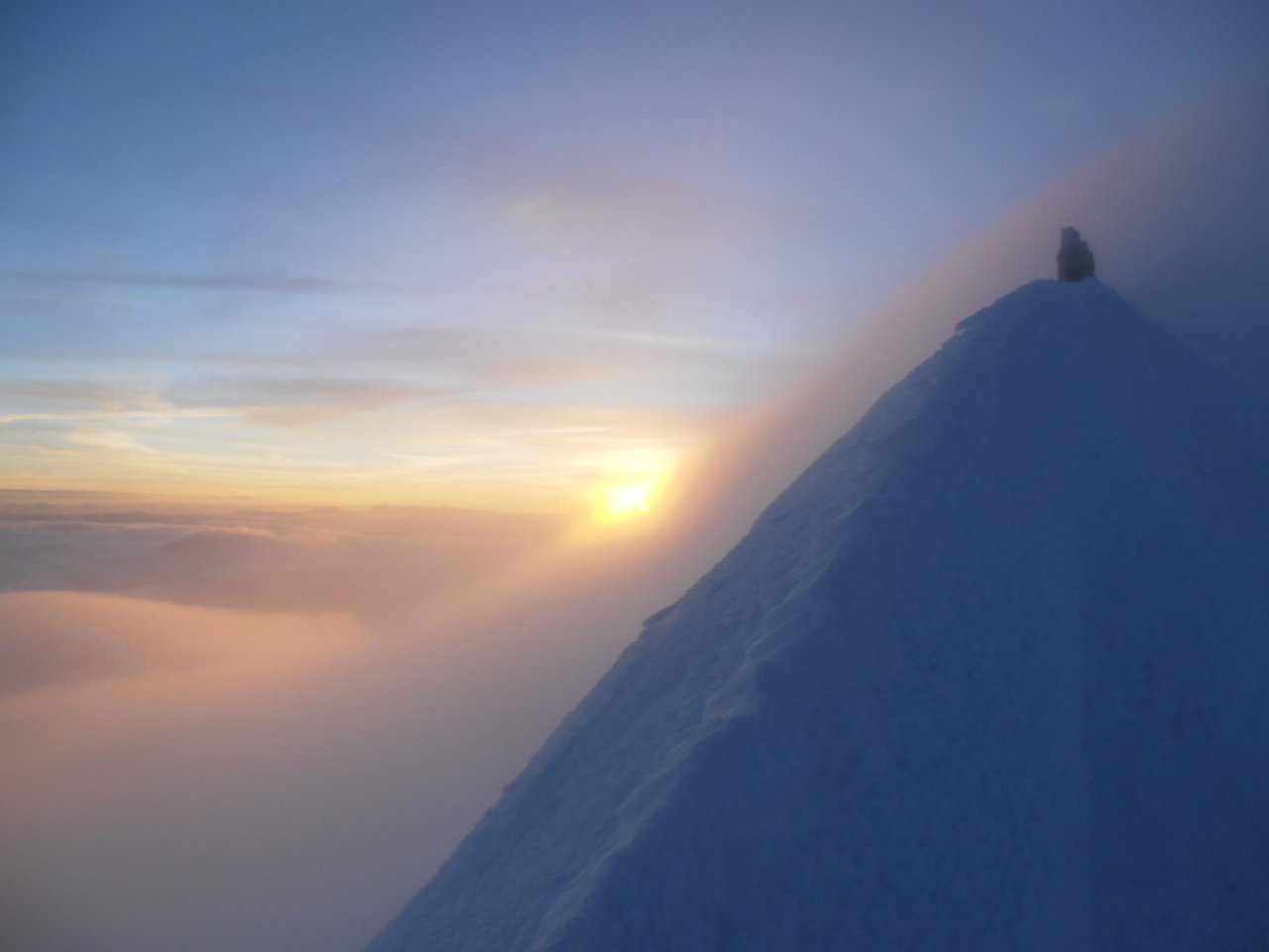 01 - l'alba lungo la cresta des Bosses
