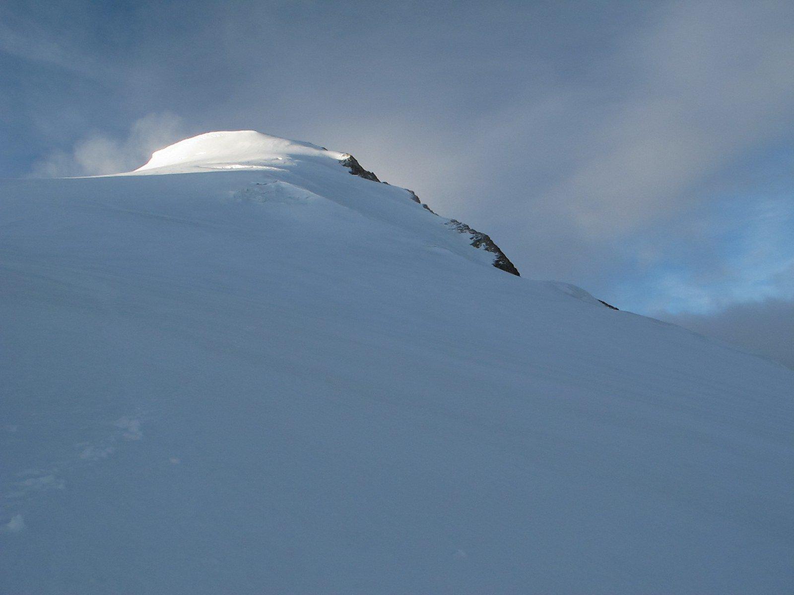 La cima vista dal Turtmanngletscher