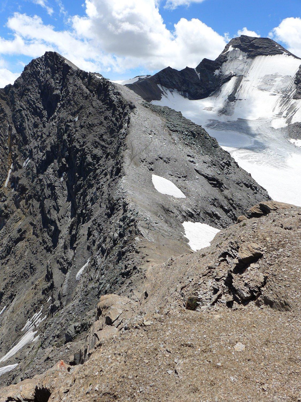 La cima d'Oin e l'Aig.lle Rousse sulla destra