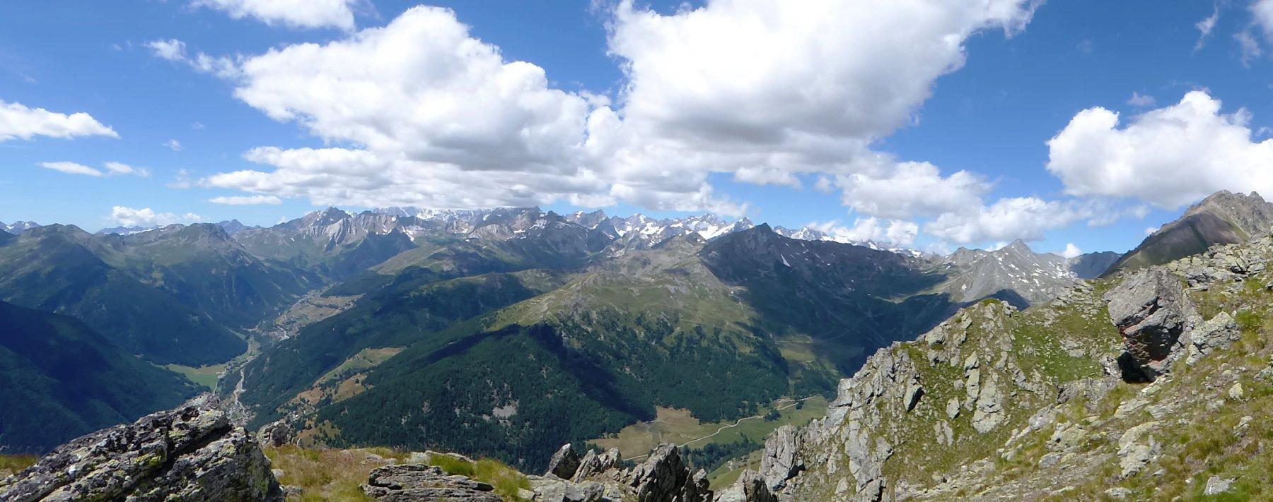 Il panorama dalla cresta