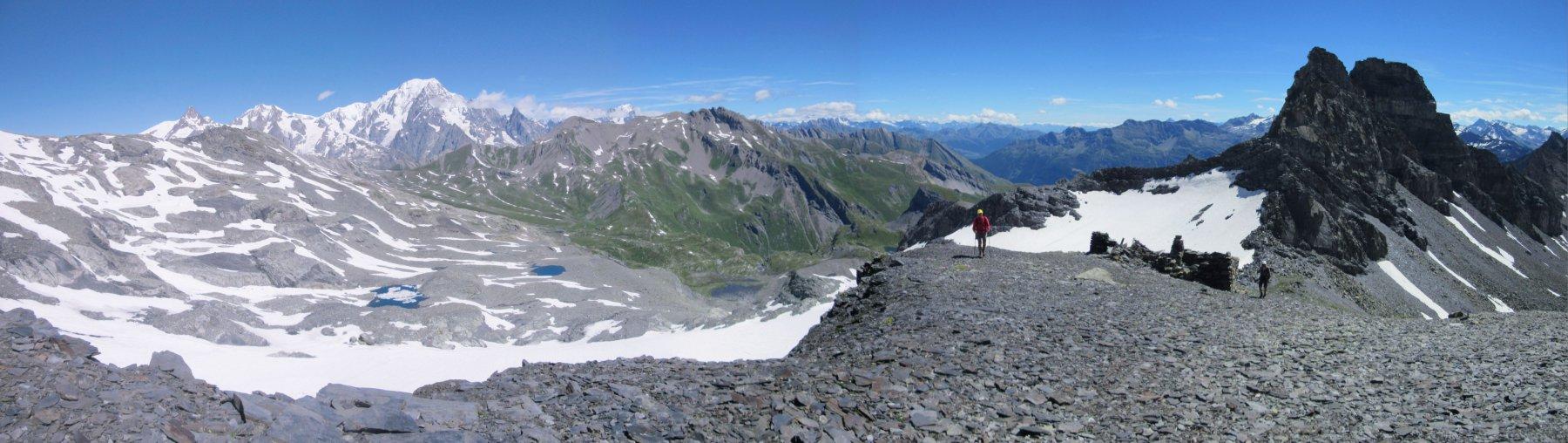 Il tratto di cresta con ampi panorami