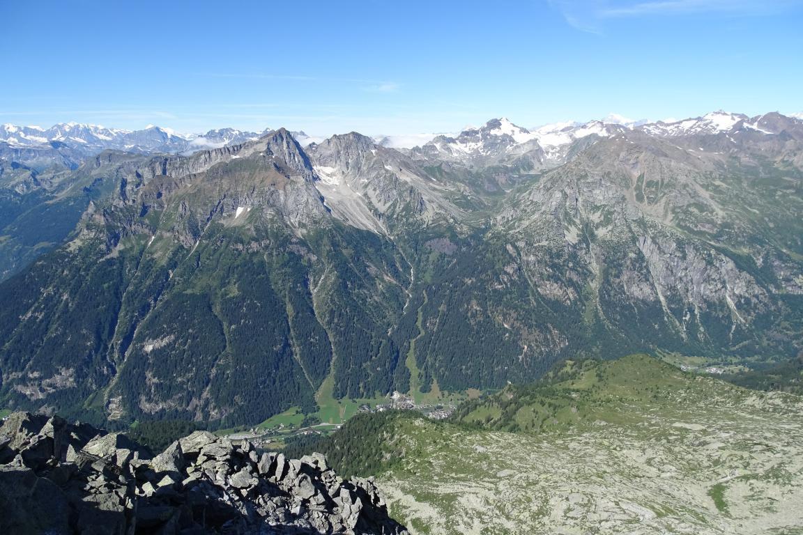 panorama verso il fondovalle della Val Formazza
