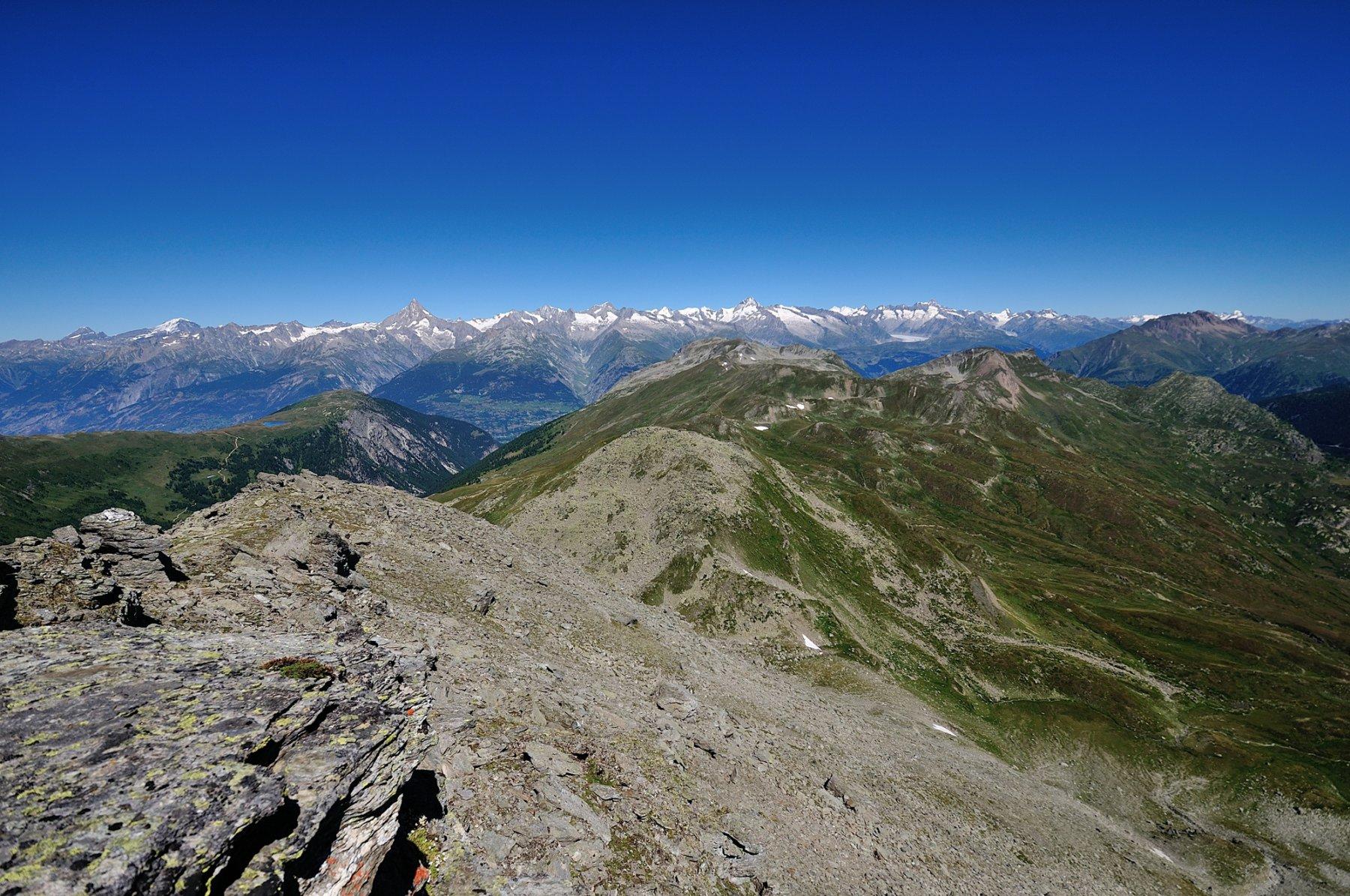 Panorama di vetta verso Oberland