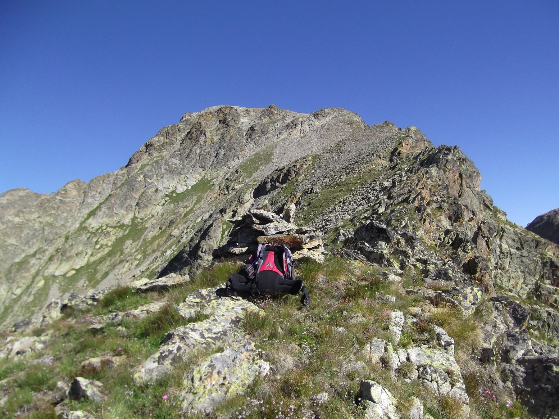 La Rocca di Valmiana dalla Punta Graveiretta.