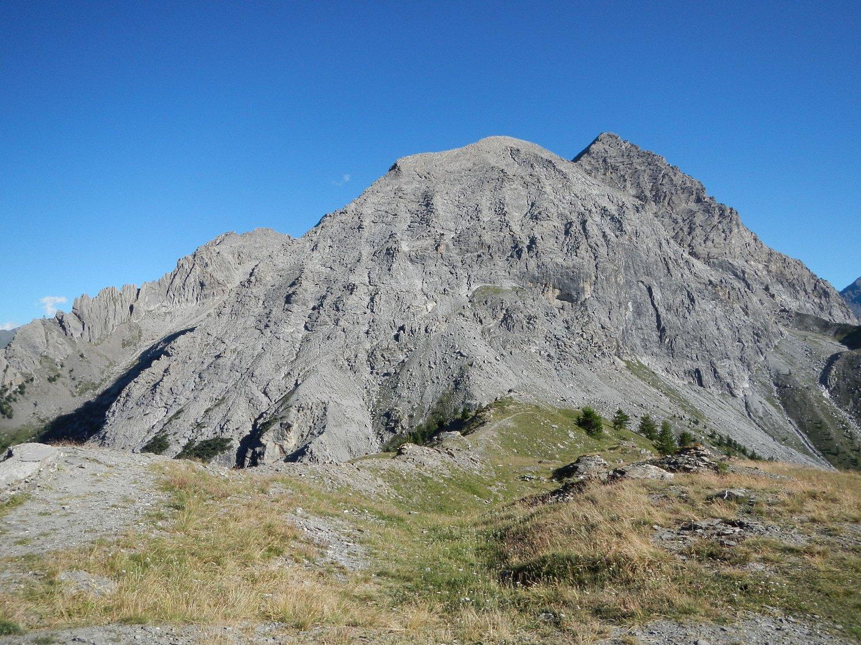 dalla cima: in primo piano il Monte Furgon