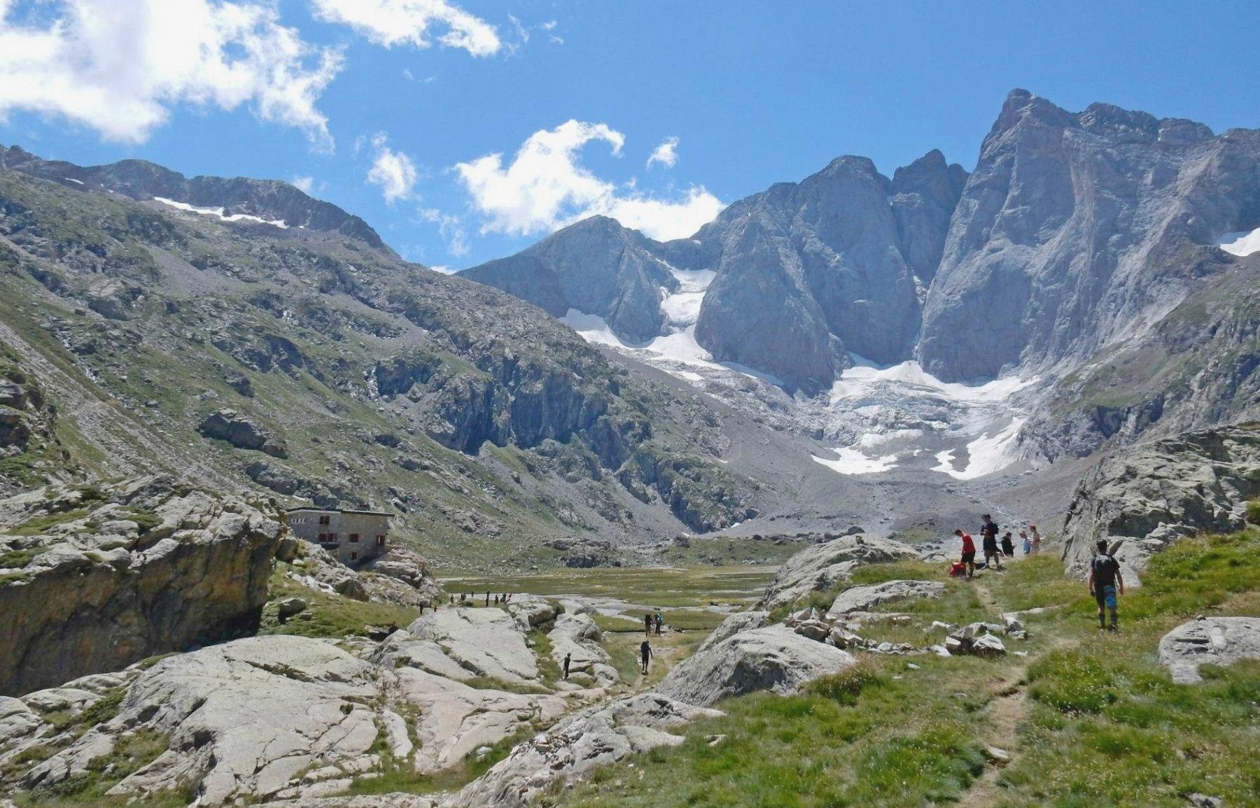Trek Pirenei Ordesa Gavarnie tappa 1:da Pont d'Espagne al Ref.Oulettes de Gaube 2016-08-10