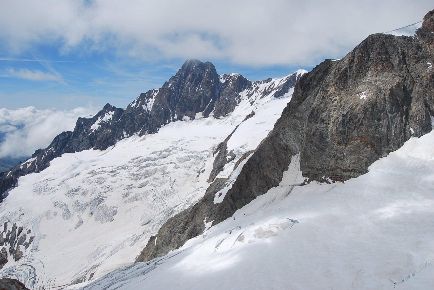 Aig. Glaciers, Aig. e Ghiacciaio Lex Blanche con i crepacci