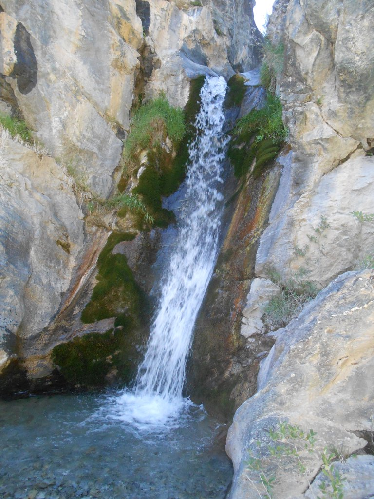 la cascata rinfrescante e ristoratrice