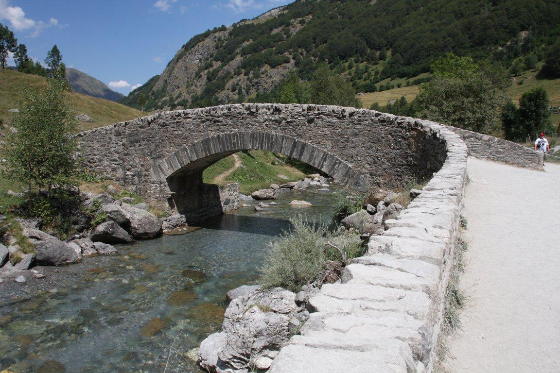 Ponte da attraversare in discesa verso Gavarnie