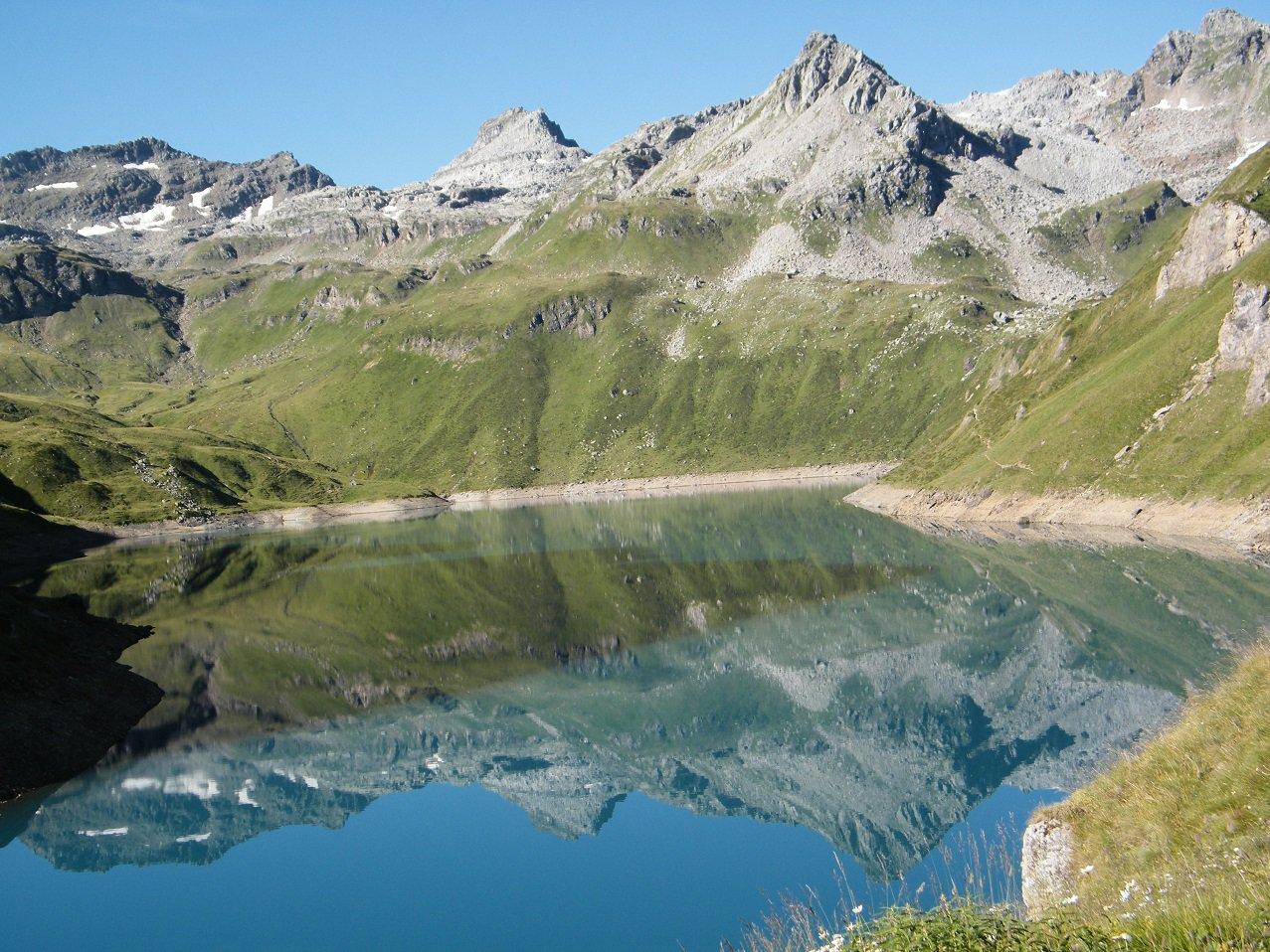 Il Lago del Vannino dal Rifugio Margaroli.