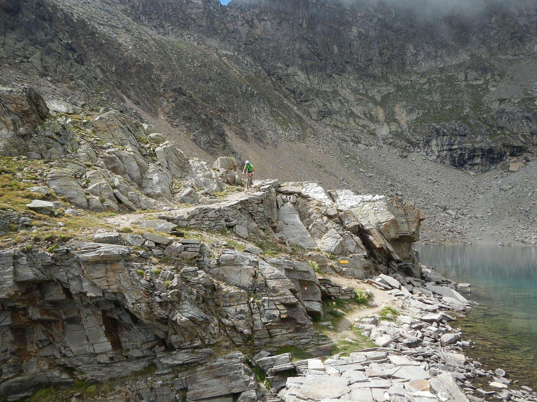 Lago Lillet 2767 m.