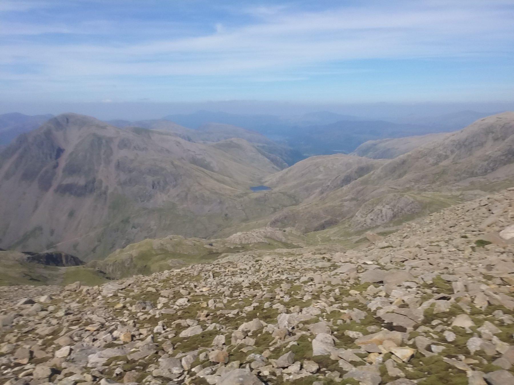 Panorama dalla vetta verso Nord - il vallone di Borrowdale