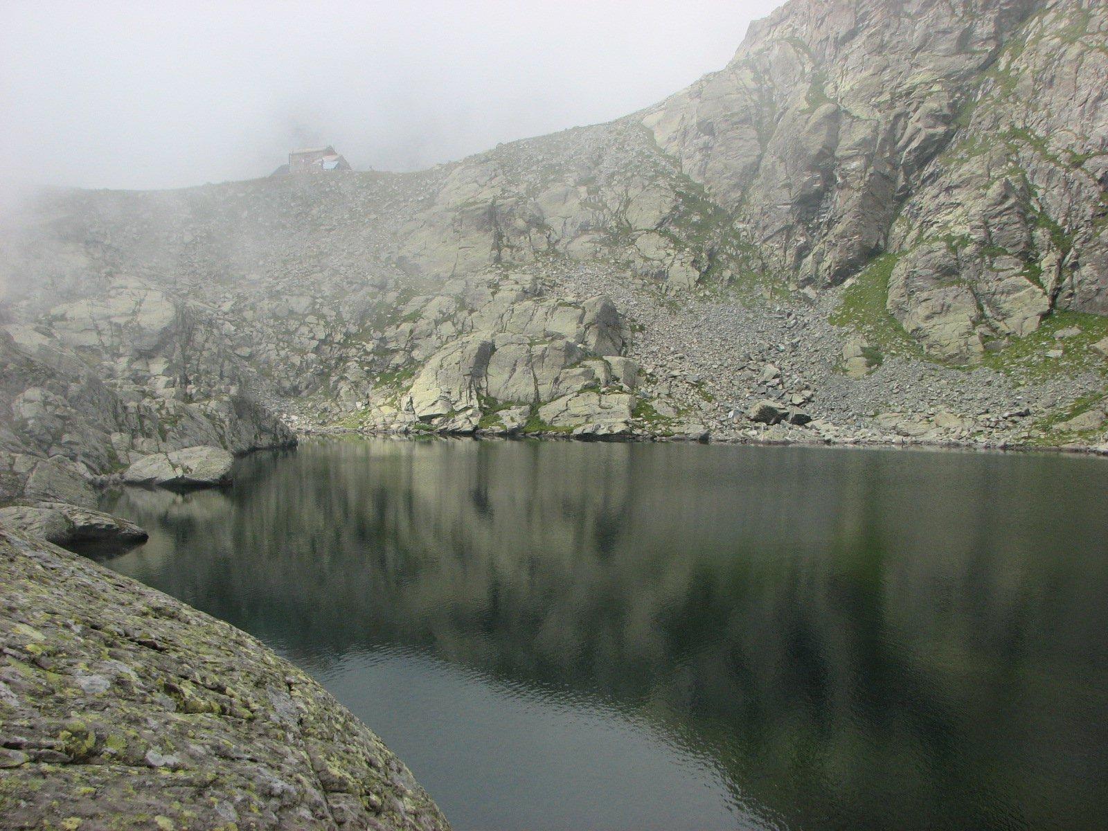 Lago Costagrande e Rifugio Sella