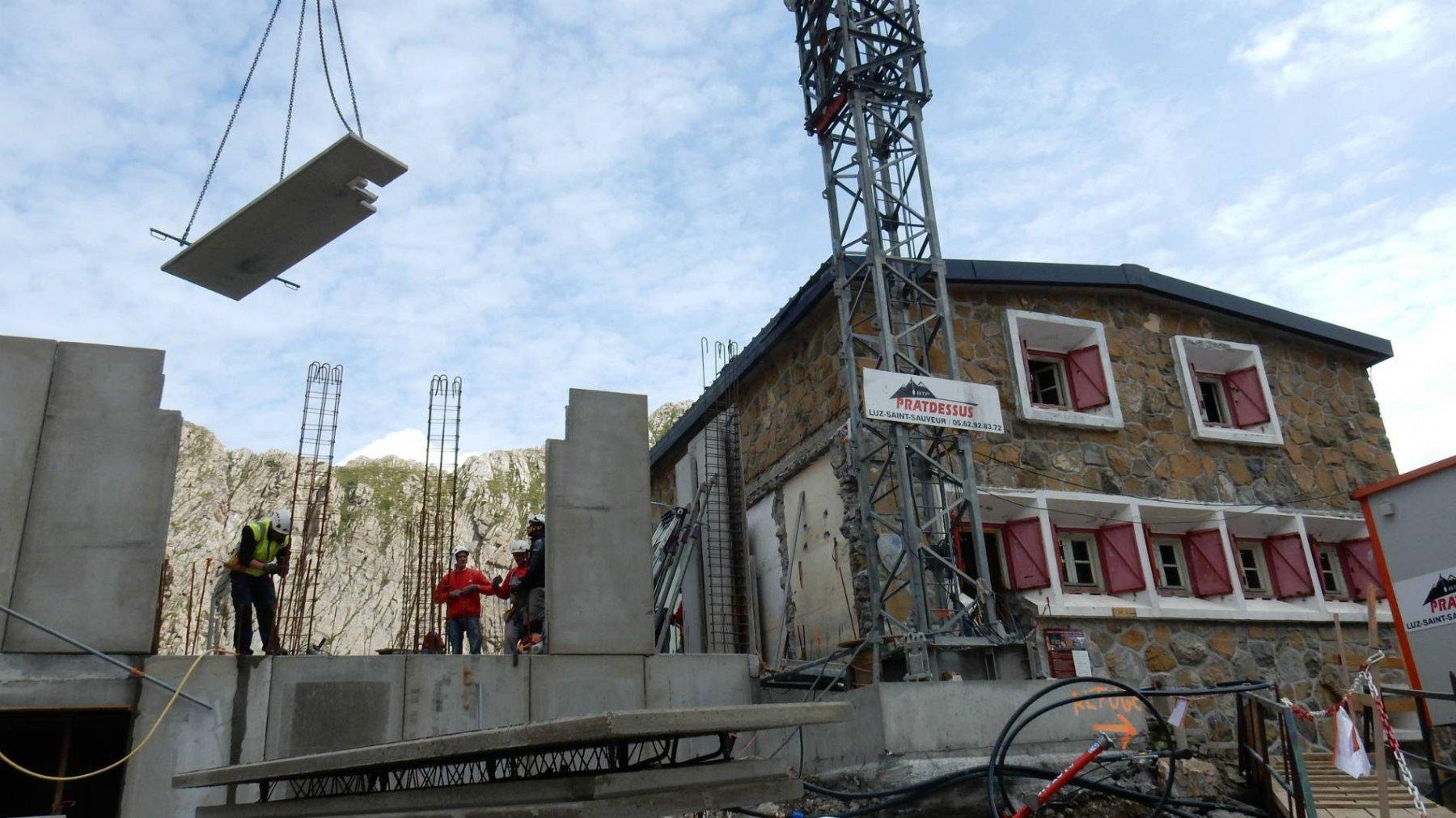 Ref. des Sarradets con lavori in corso.