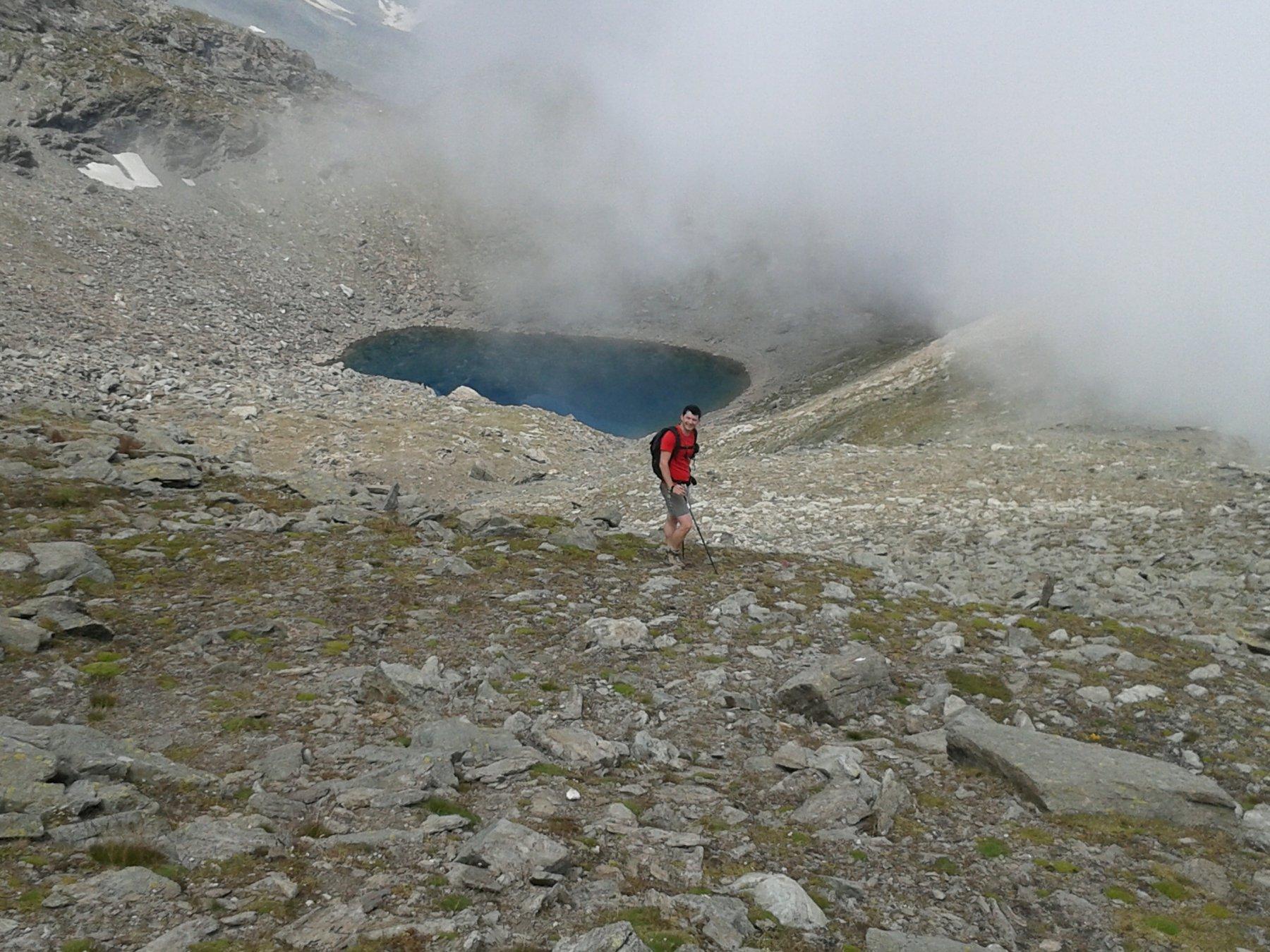in fondo il lago Crotas