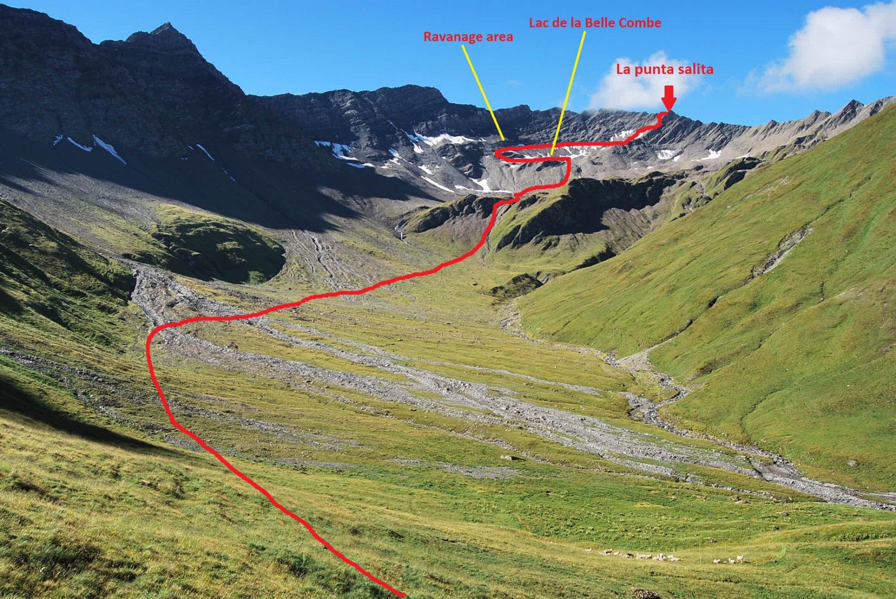 Overview del percorso vista dall'Alpeggio di Belle Combe damon