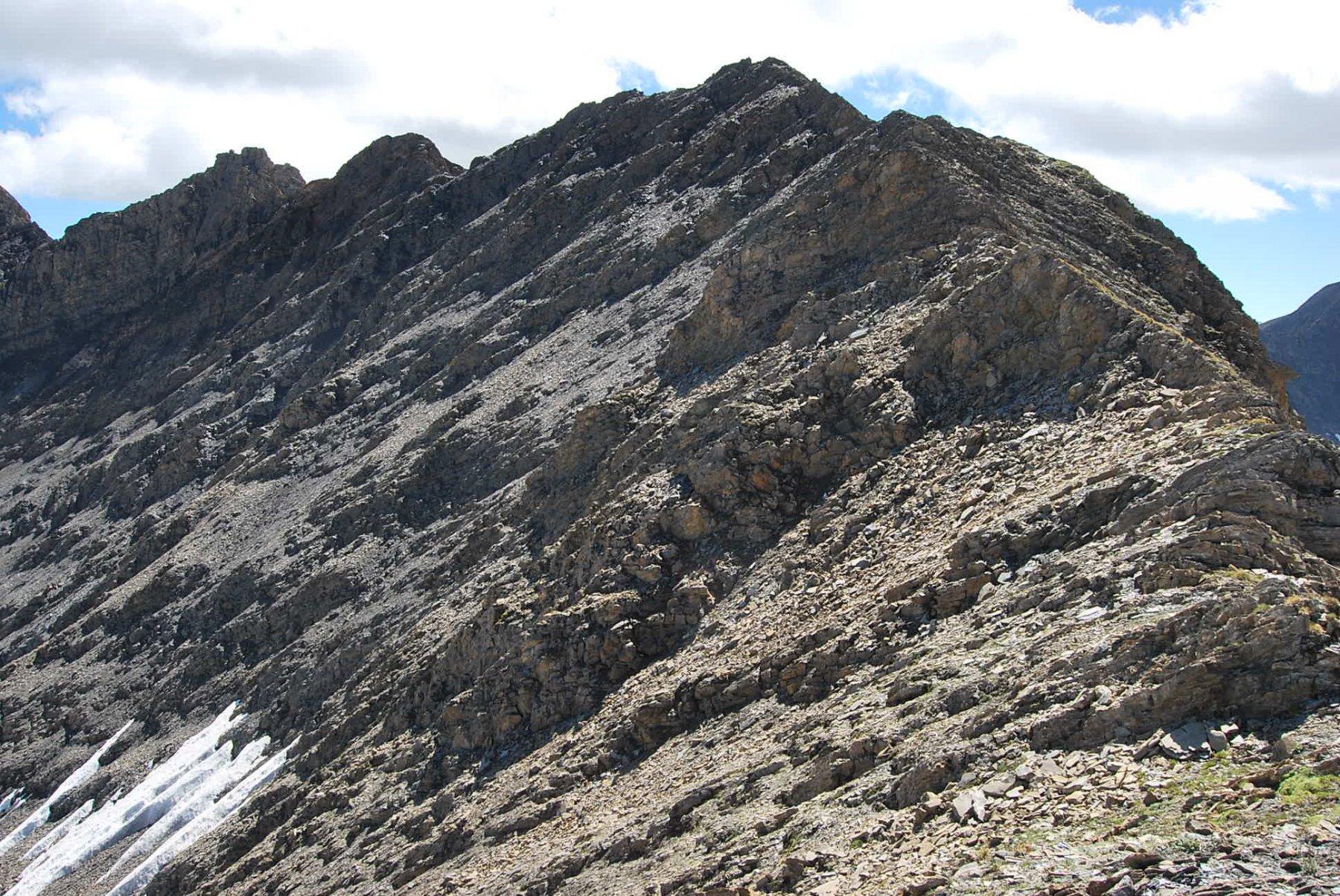 La cresta verso il Mont Tsichette vista dalla cima