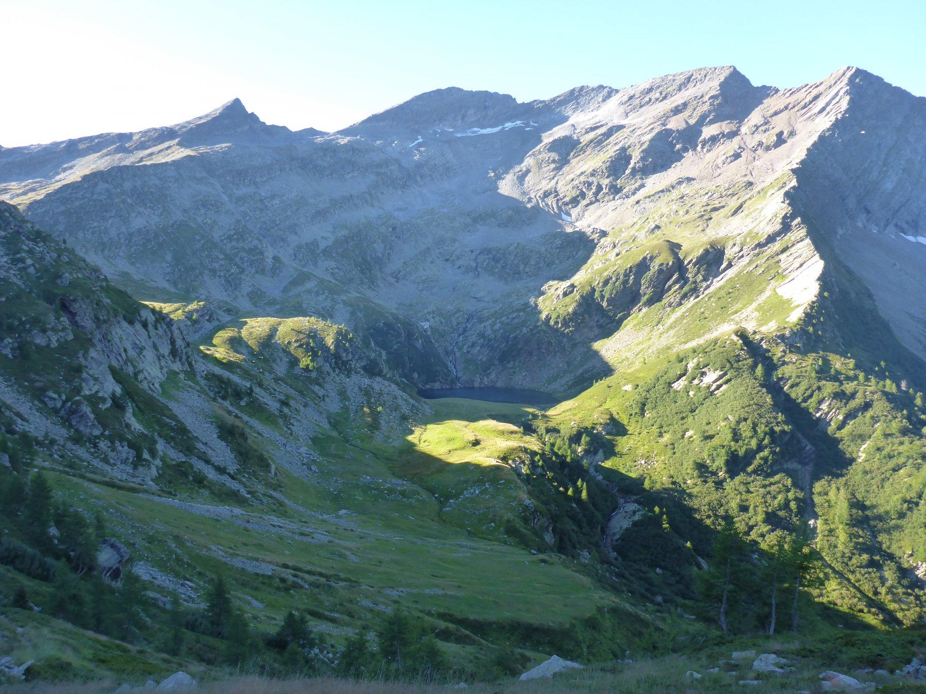Alp de Trescolmen e al Lago dalla vetta del Bedoleta