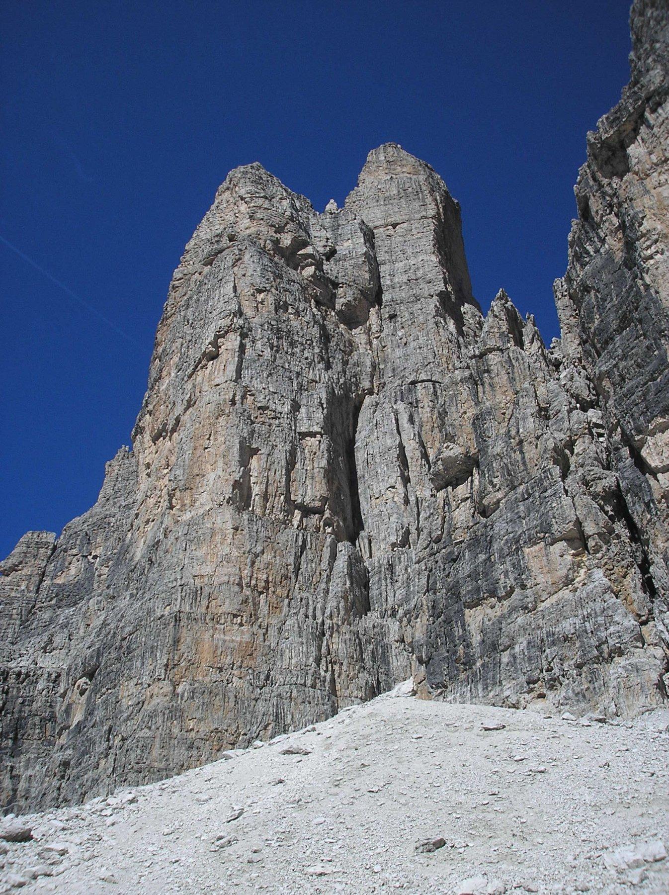 Campanile Basso (2883m) Diedro Fehrmann 2016-08-23