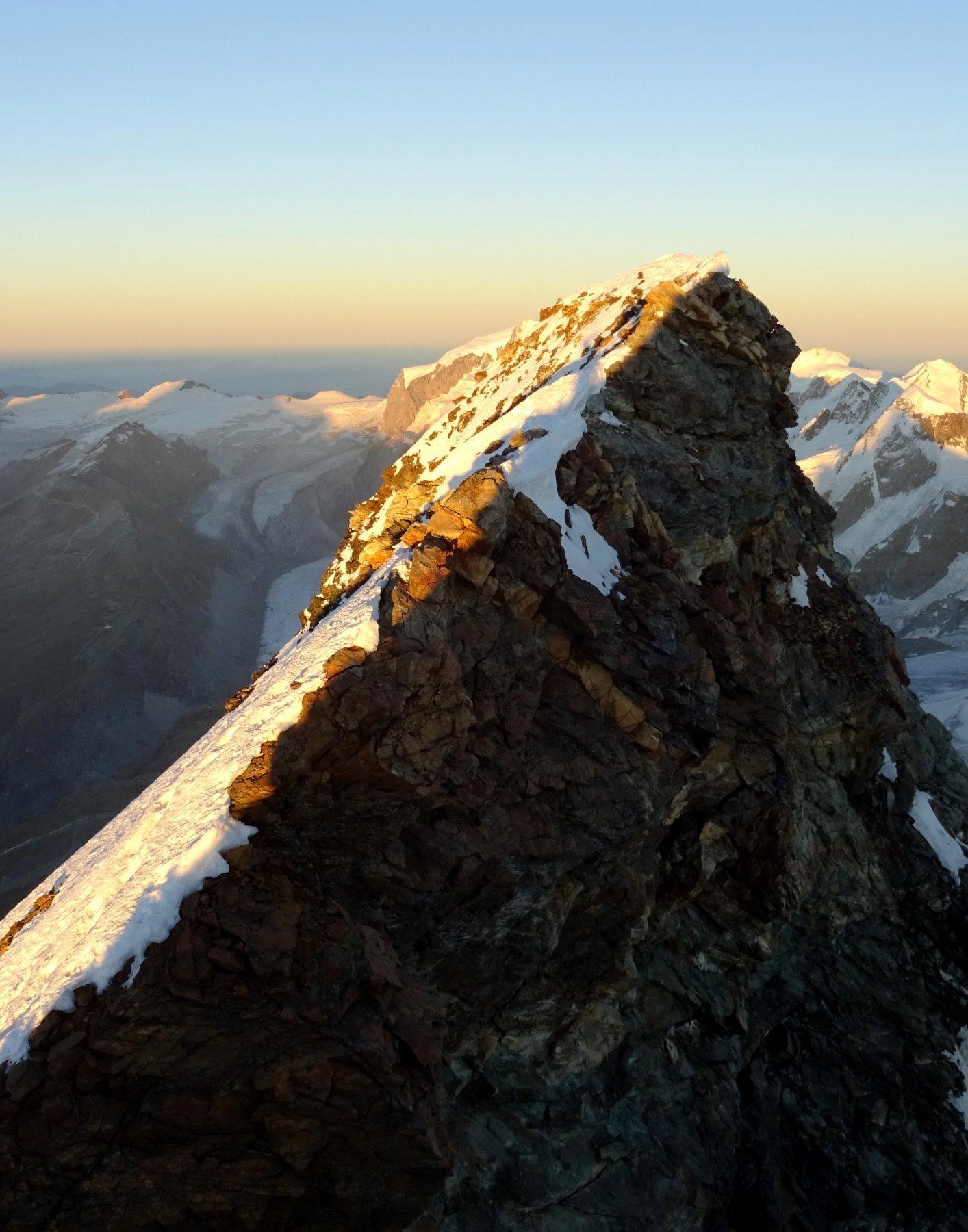 Ultime luci sulla cima svizzera