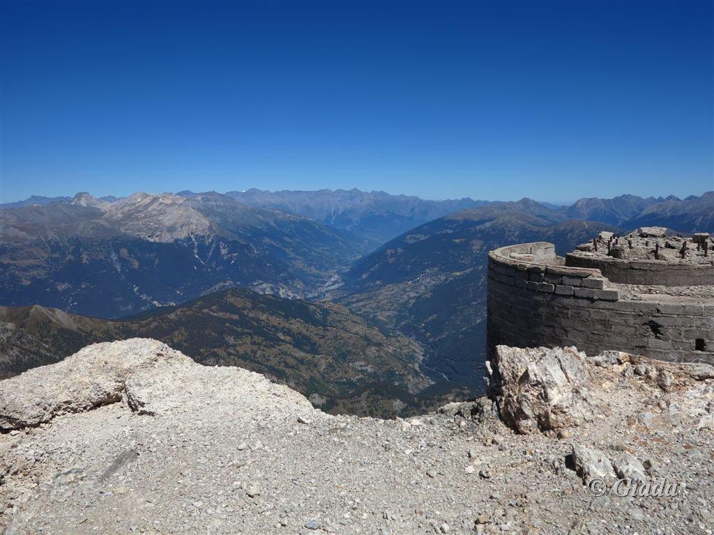 Le vecchie torrette son di guardia sulla Val di Susa