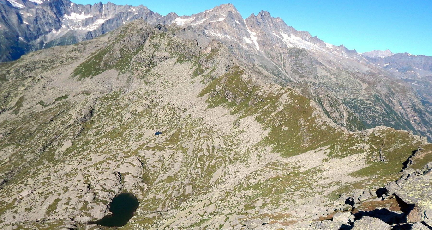 Lago Vercellina salendo alla Fertà
