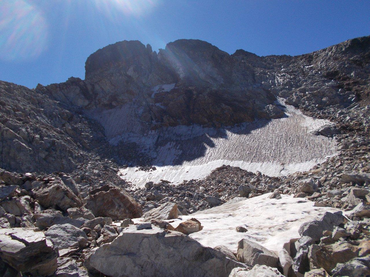 la Cima Centrale del M,Matto e il nevaio residuo
