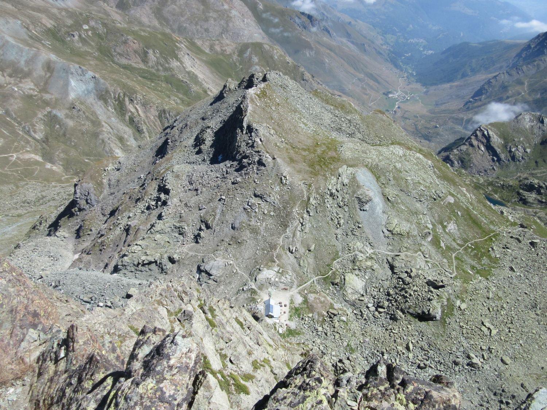 Il ripidissimo versante italiano della Udine con il Giacoletti