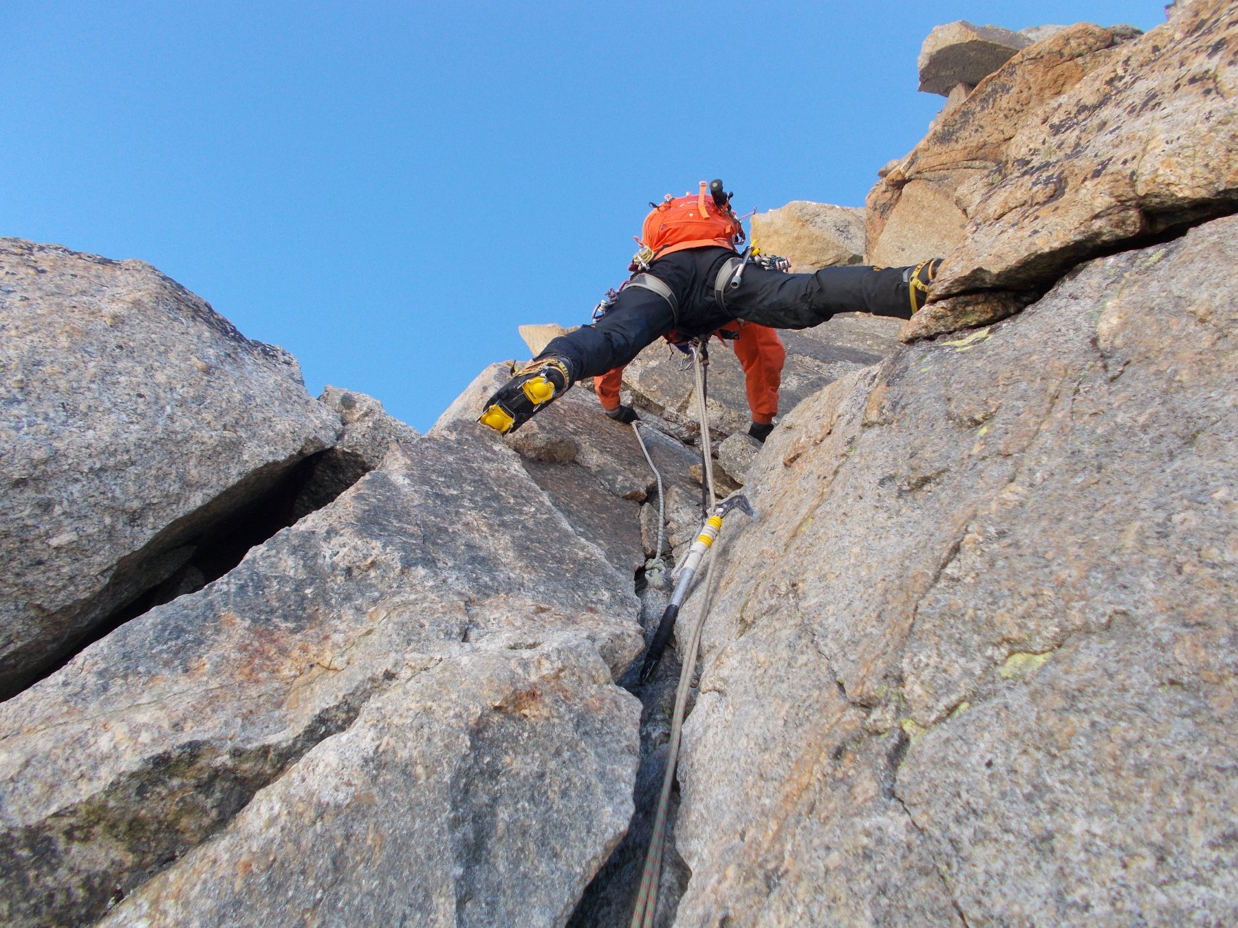 passi di 4a..per rimontare la cresta a monte dell'Androsace..