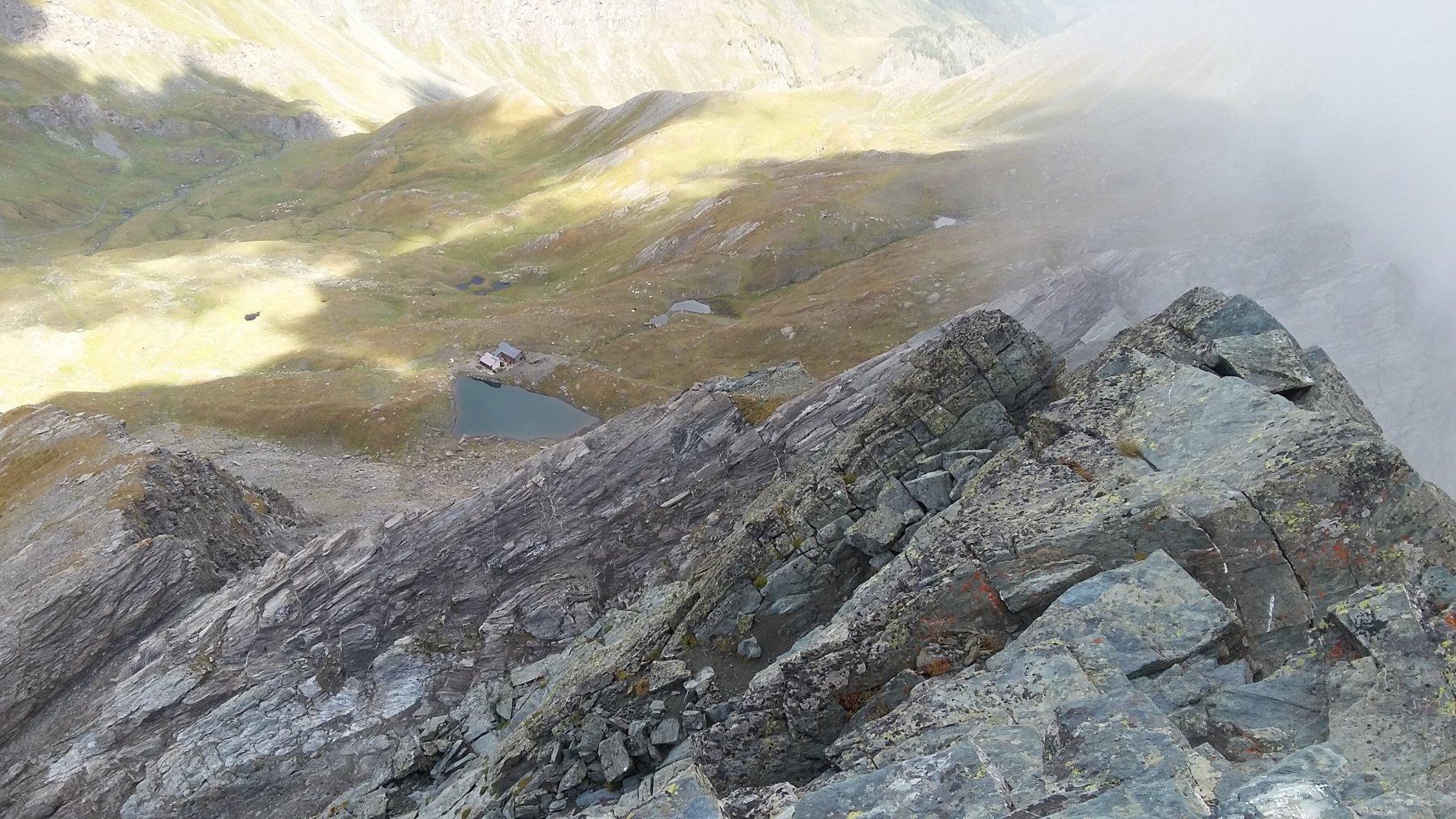 Rifugio e Lago Verde dalla cima