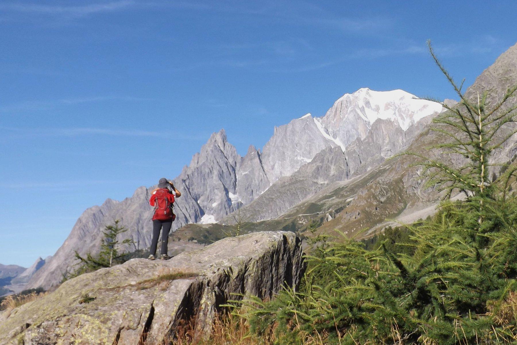 in salita, Monte Bianco e Aiguille Noire de Peuterey