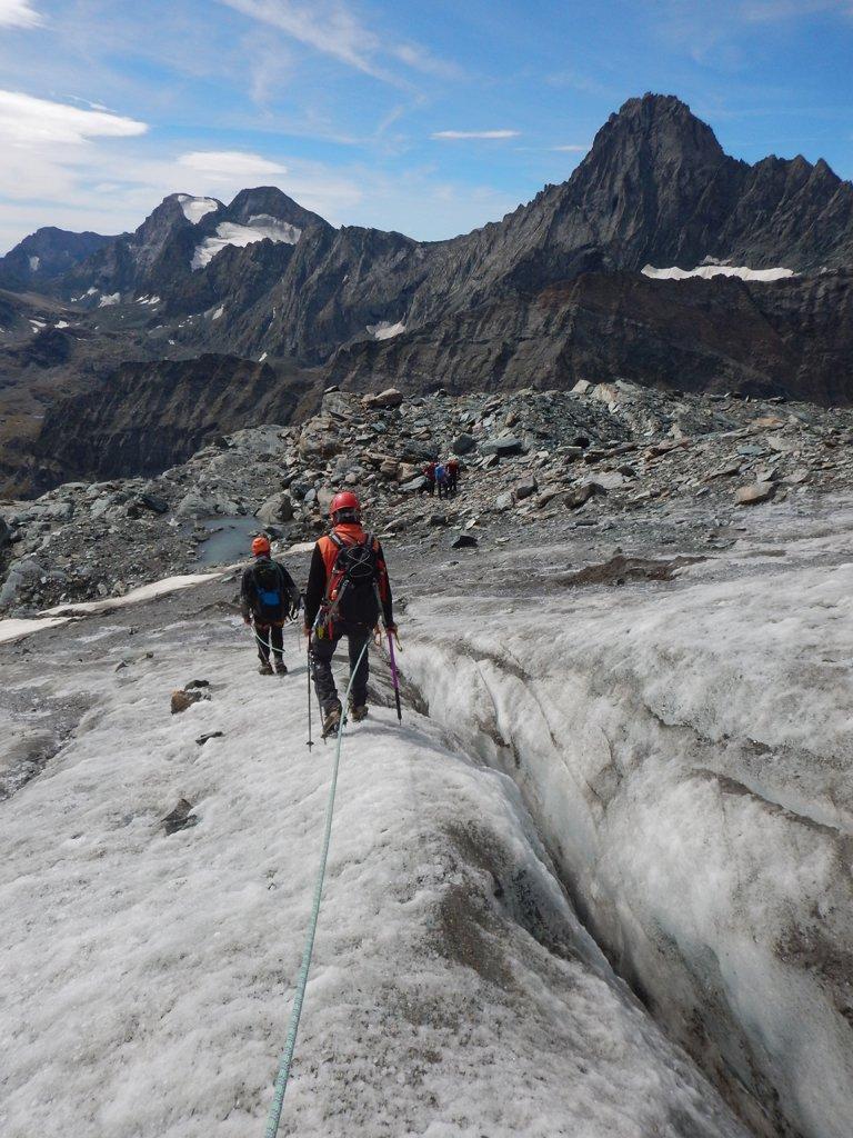 Crepi ghiacciaio e Bessanese sullo sfondo