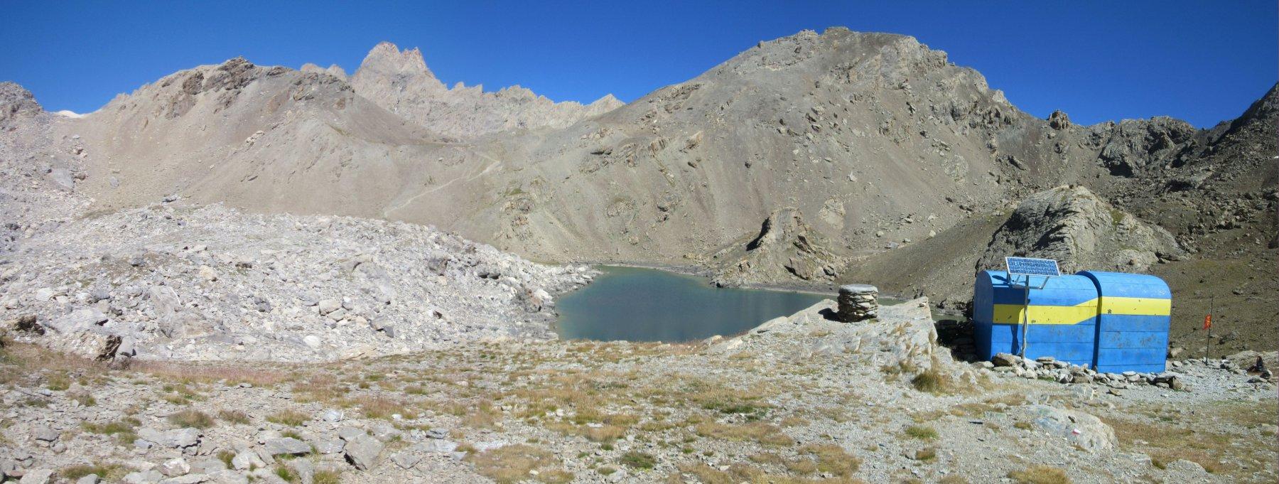 Lago del Vallonasso di Stroppia, Bivacco Barenghi, Colle della Gippiera e Aiguille du Chambeyron