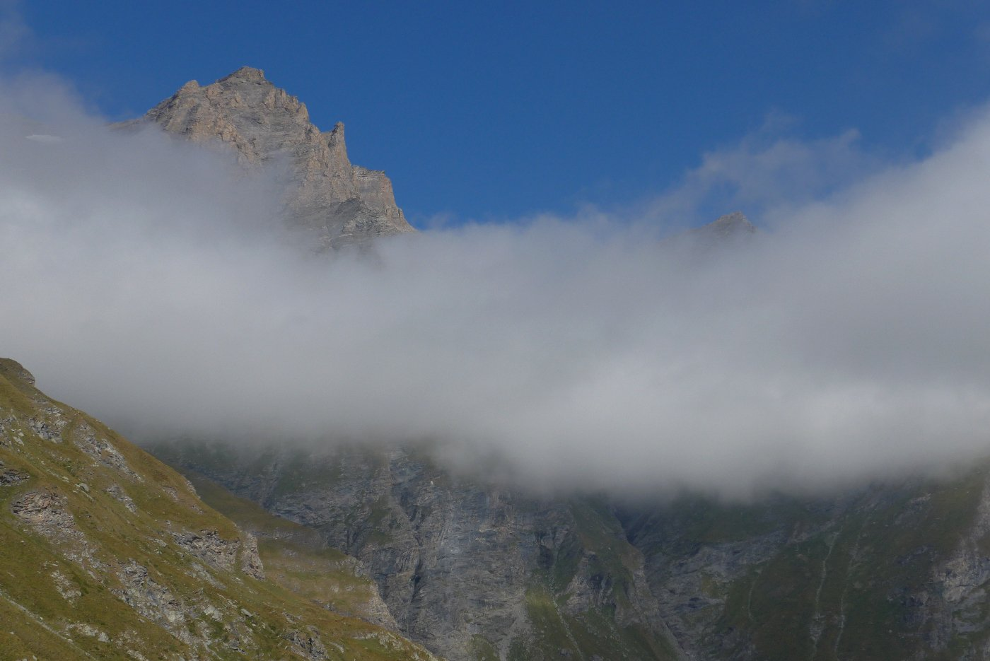 La punta del Fort sopra le nuvole