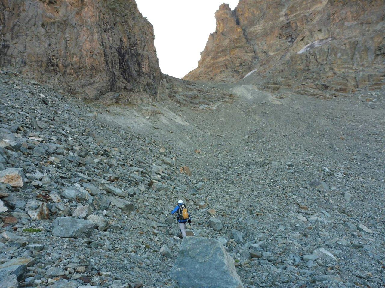 la pietraia morenica del Ghiacciaio di Vallanta