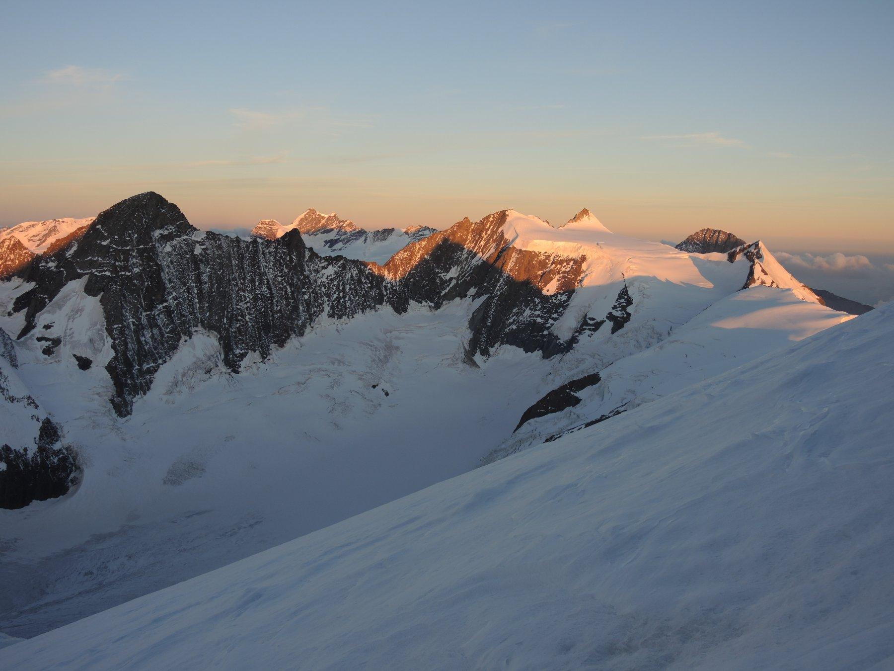 Gross Grunhorn, Junfrau, Fietscherhorn, Eiger