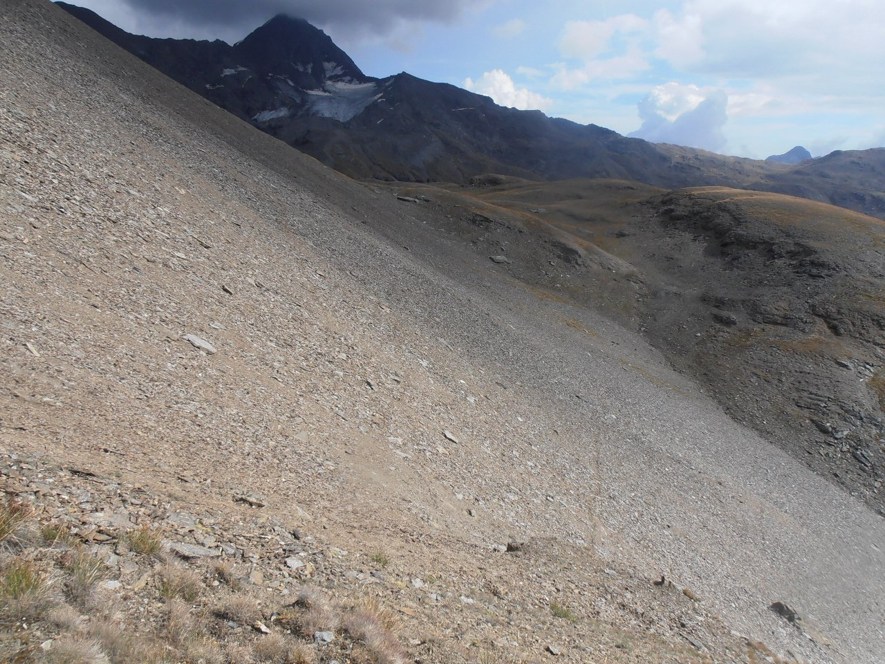 04 - infide pietraie per risalire alla Punta Gianni Vert