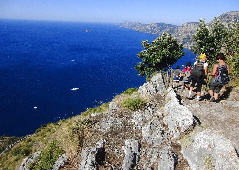 S. Dei, vista fino a Capri