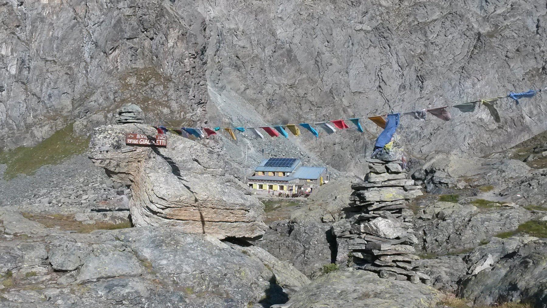 accoglienza al rifugio in stile Himalayano