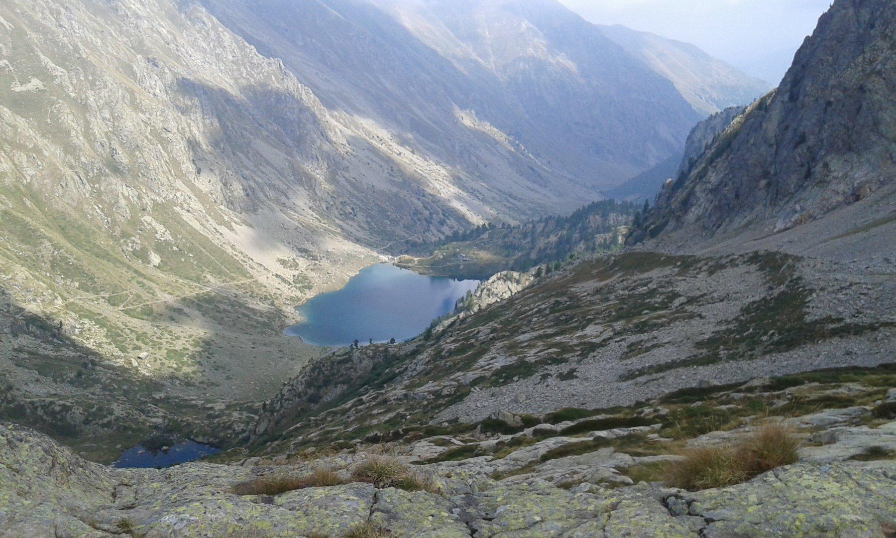 il lago inferiore e il rifugio  dante livio bianco