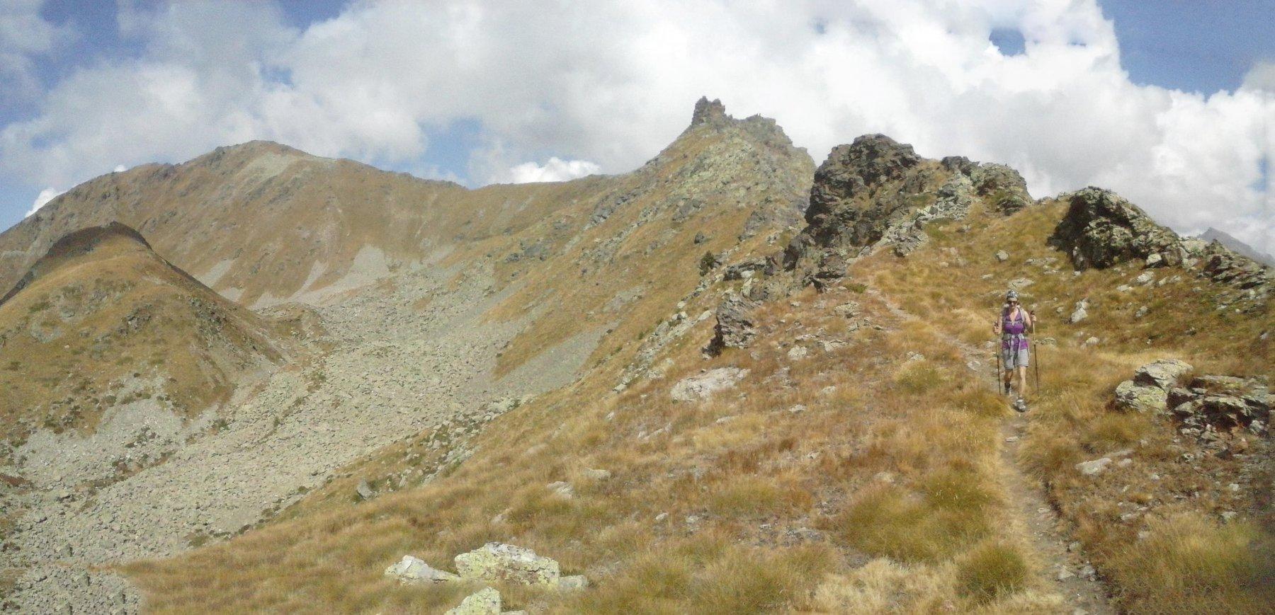 quasi alla fine della traccia di cresta   prima di  scendere col sentiero n.6...
