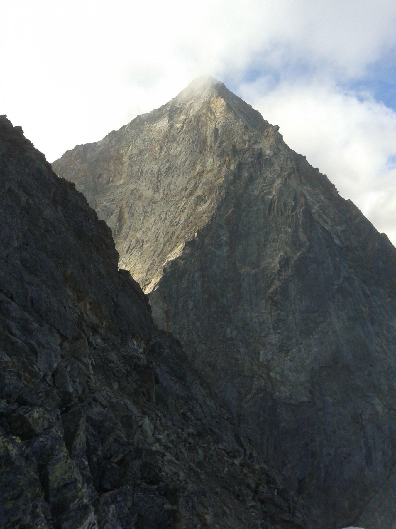 la cresta NE poco sopra il col Peccoz