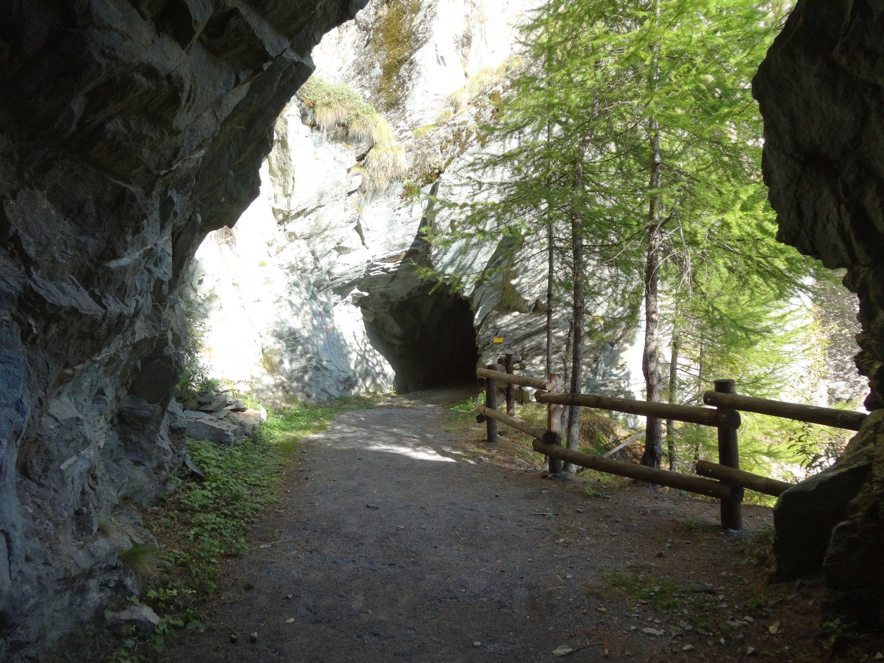 una delle prime gallerie