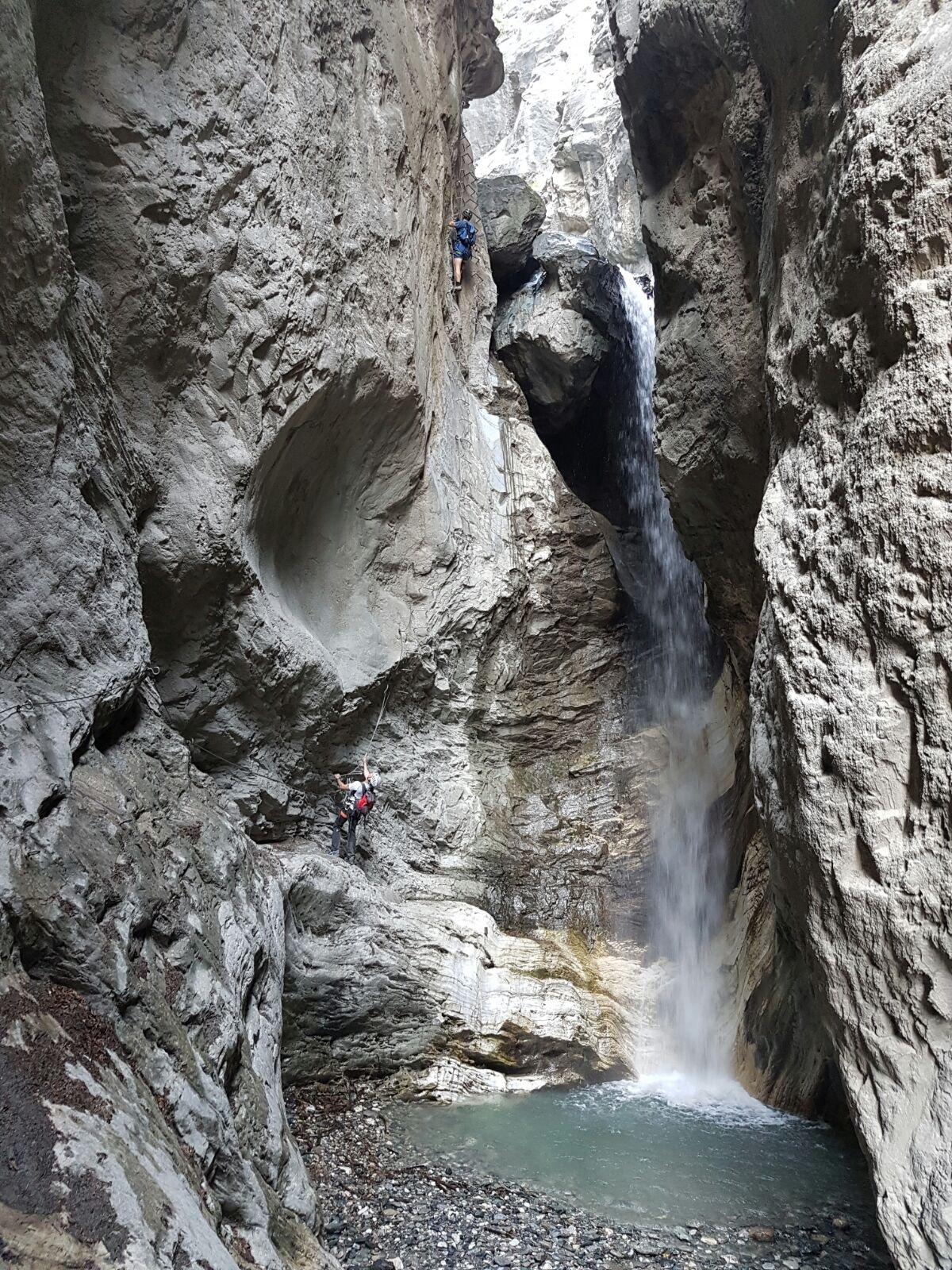 Attacco sulla prima cascata