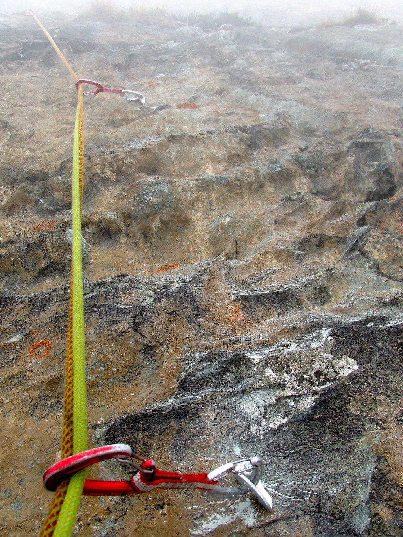 2 Particolare roccia su L2