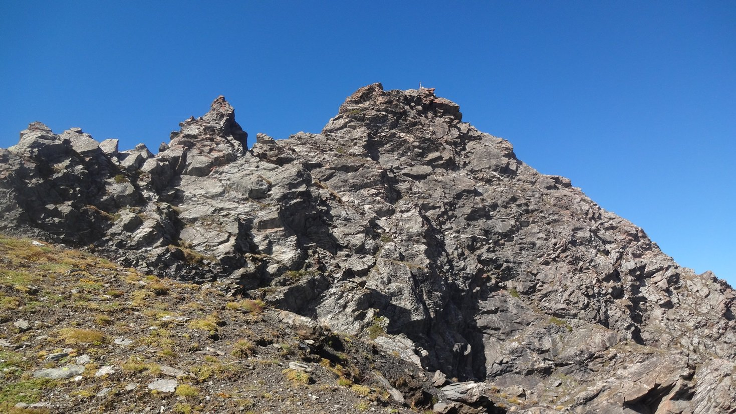 La vetta rocciosa