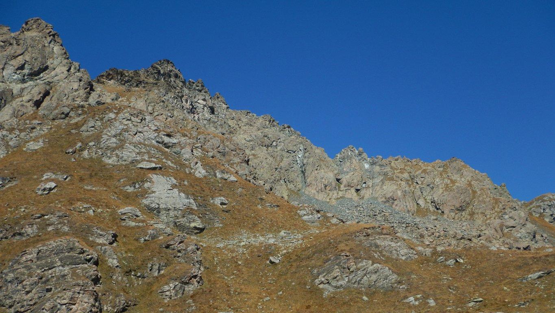 La cresta completa dal lago