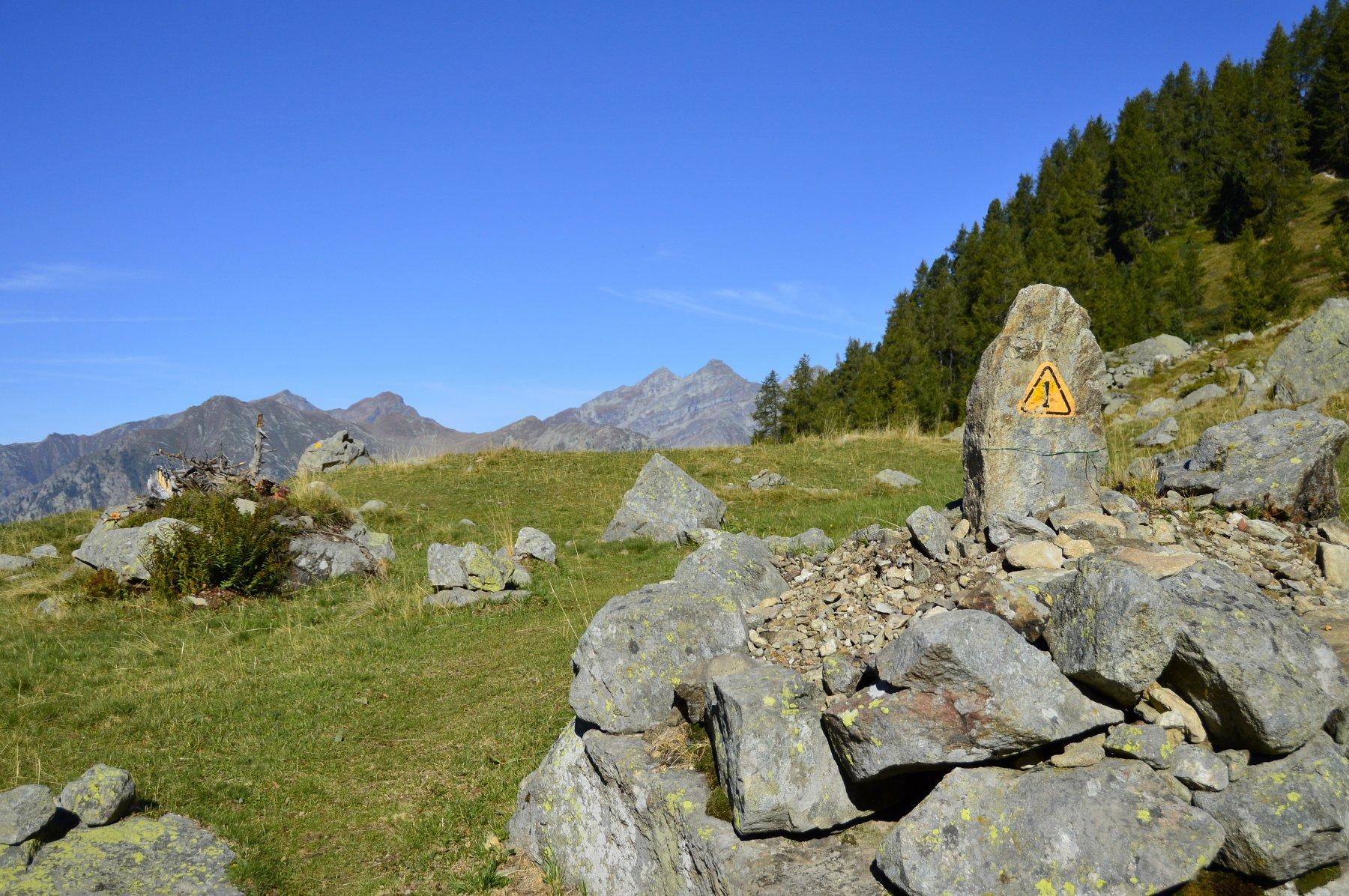 All'alpe Serrafredda ci si innesta nell'alta via 1