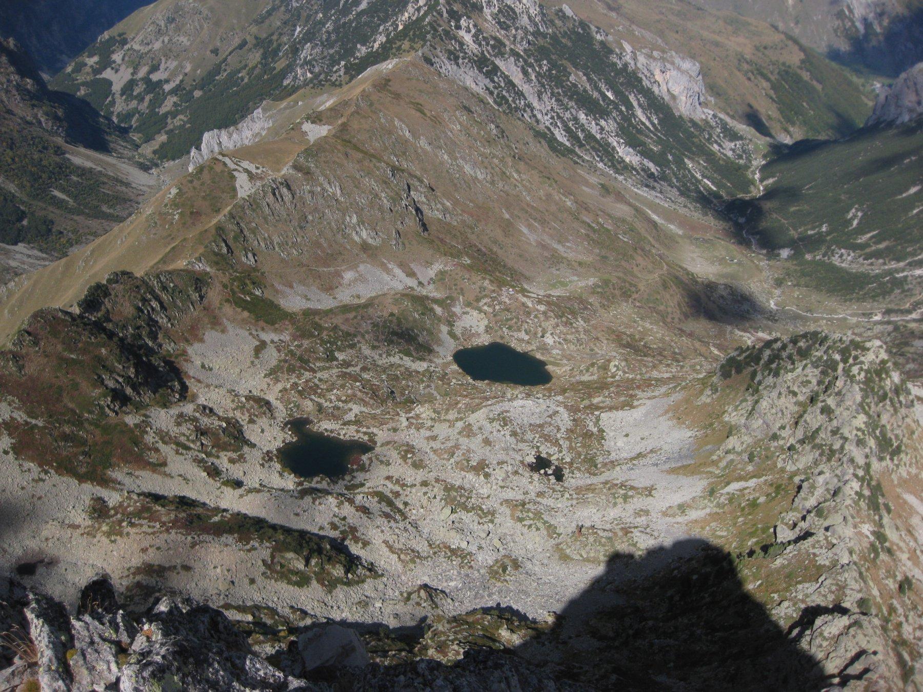 lago superiore e inferiore dalla cima