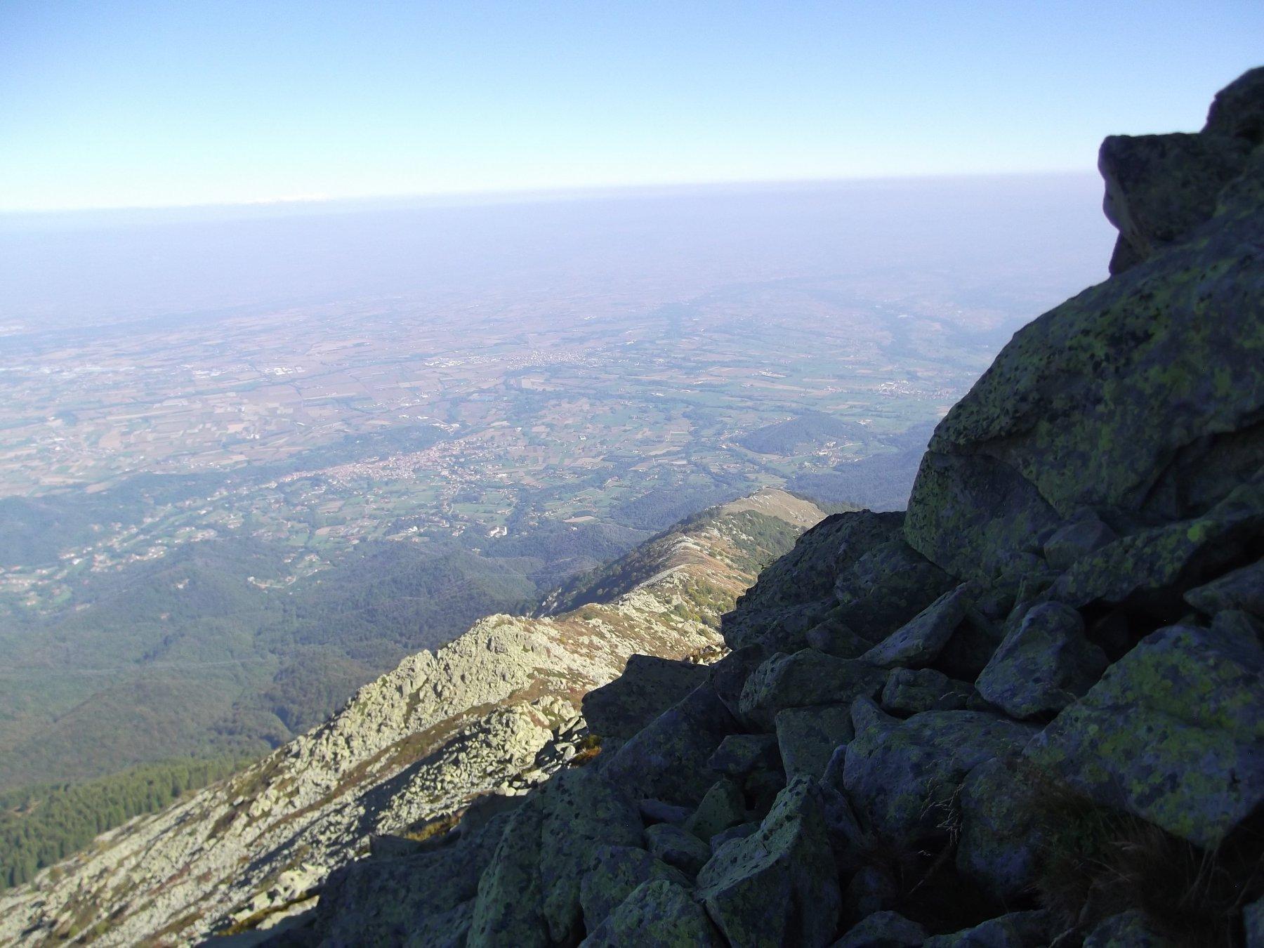 La cresta vista da sotto la cima nord.